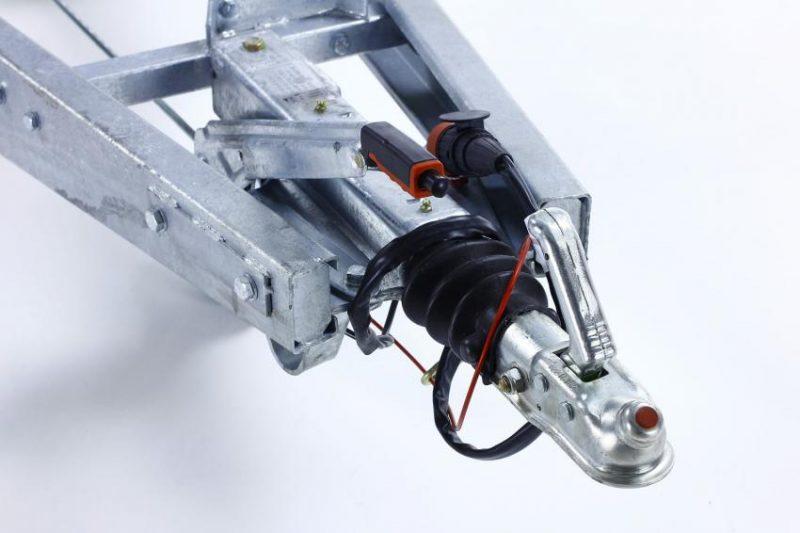 Remolque-hidraulico-basculante-power-box-b-1500-freno_(1)