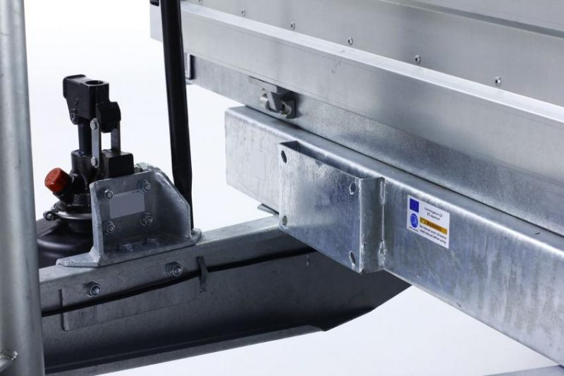 Remolque-hidraulico-basculante-power-box-b-1500-sporte-interior_(1)