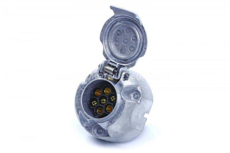 enchufe-remolque-aluminio-acero-7-pines-polos-coche-3