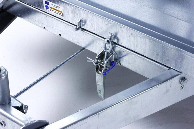 remolque-de-carga-con-freno-inercia-forcar-240-largo-cuni-10